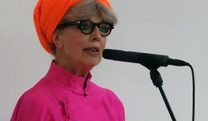 Apologi af Suzanne Brøgger